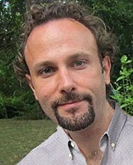 Daniel Cameron is an acupuncturist in New York City at De'Qi Health in NYC.